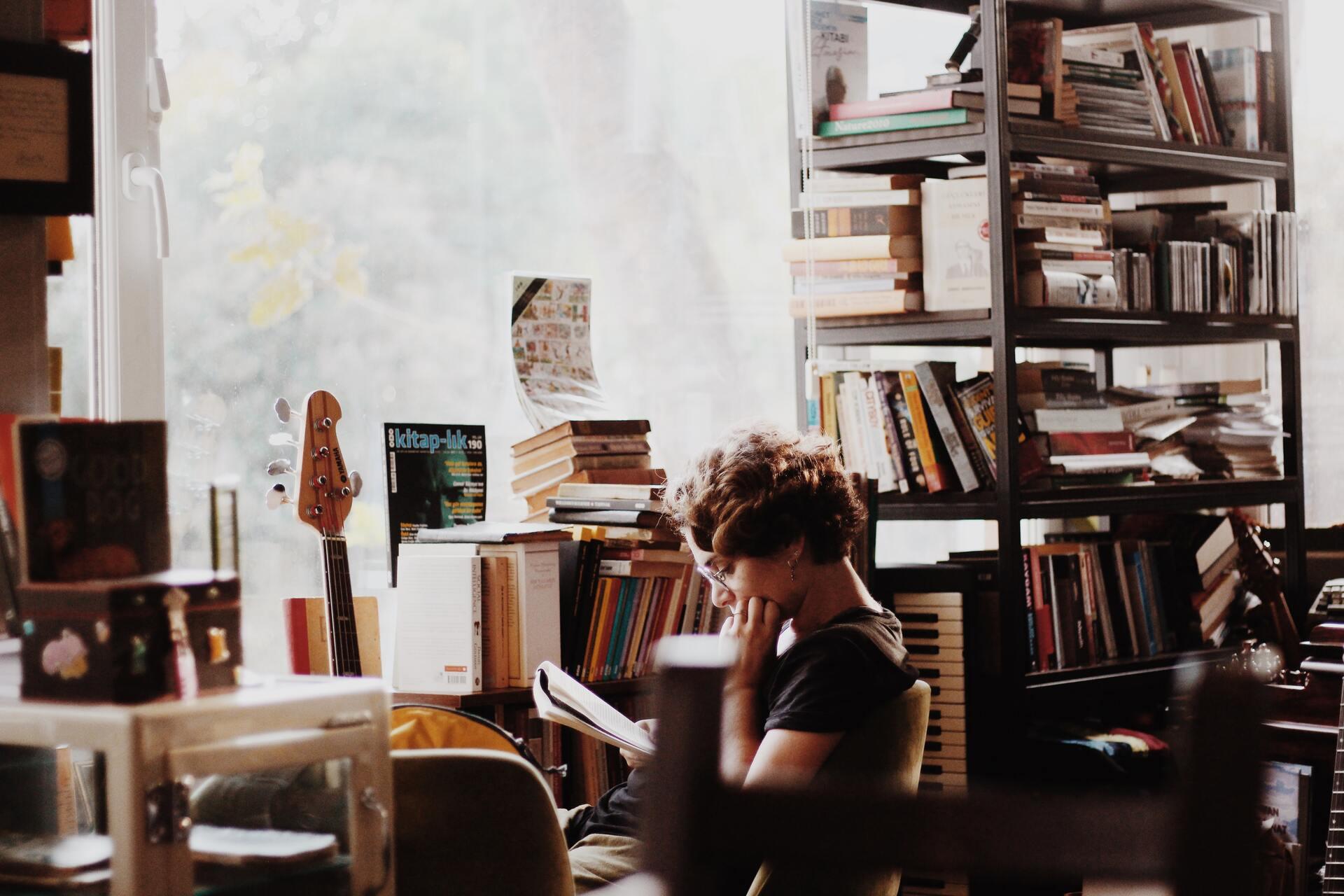 Тысячи сцен рождаются в голове во время чтения