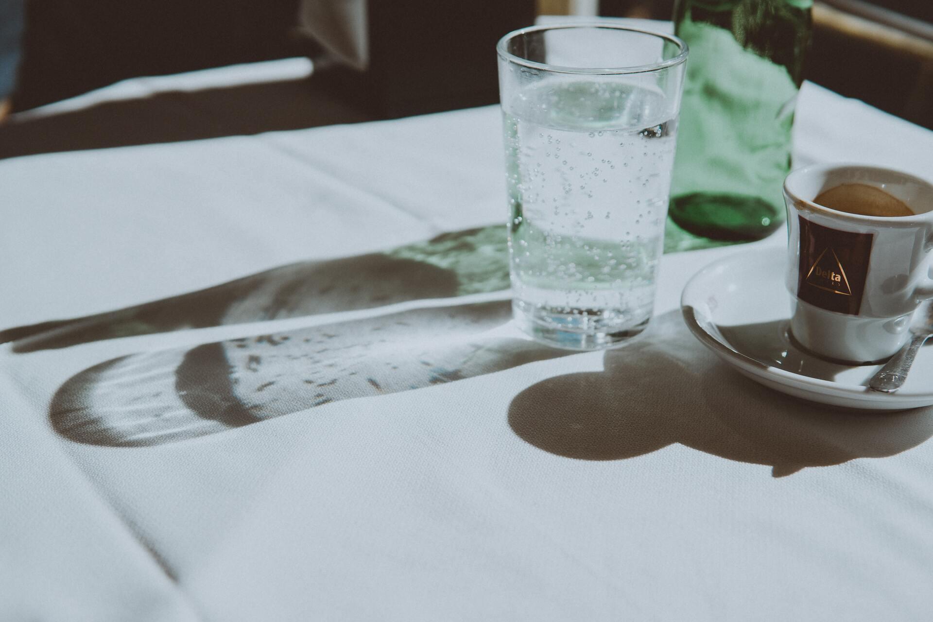 считается ли чай и кофе выпитой водой