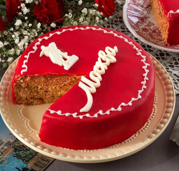 Посвященный столице торт