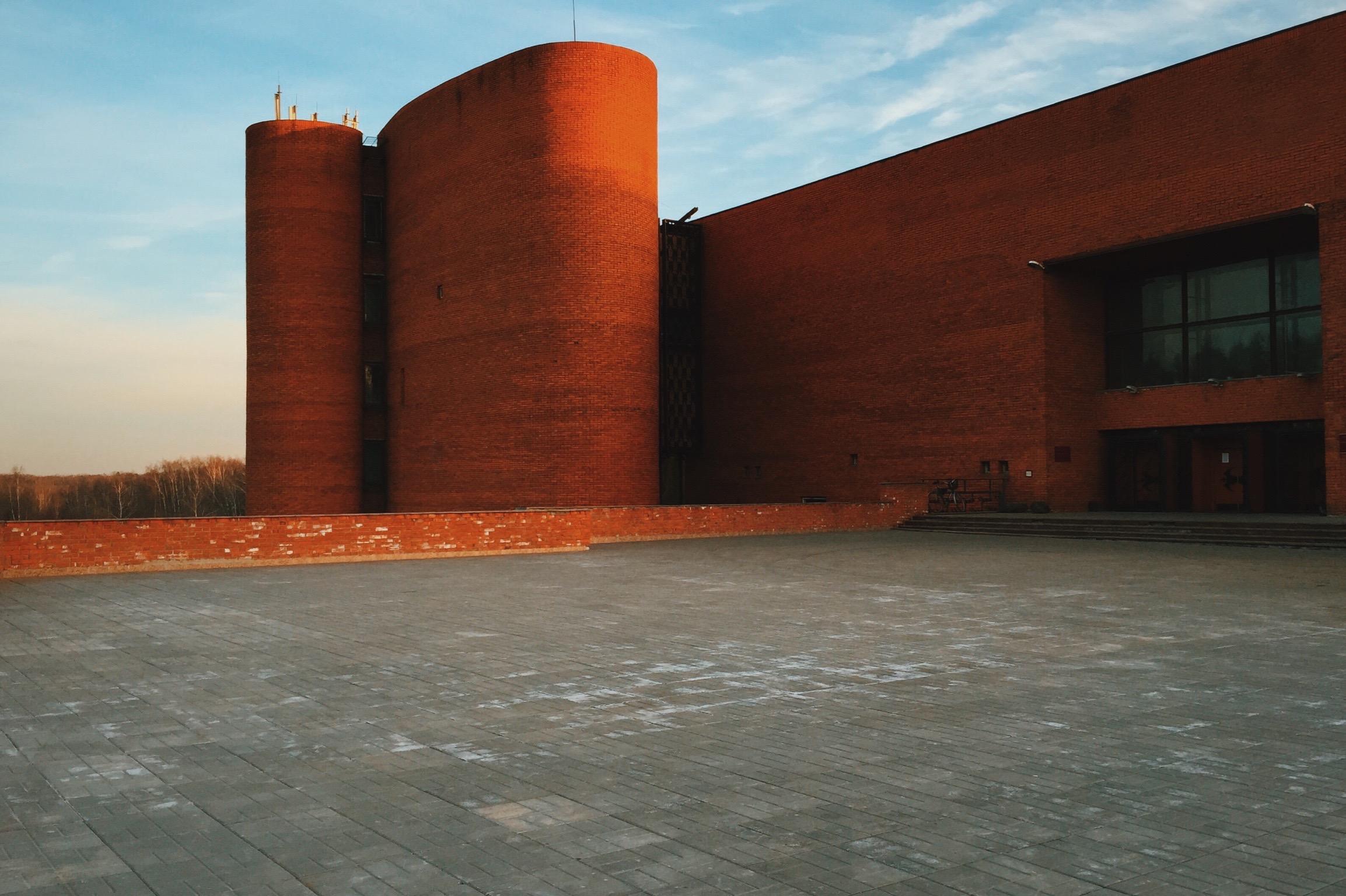 Палеонтологический музей Москвы является одним из самых главных исторических музеев города с богатейшими коллекциями