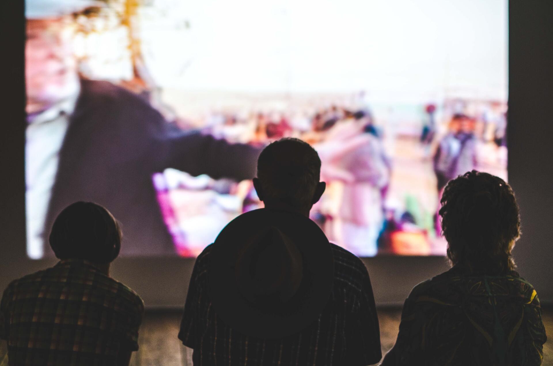 Смотрите фильмы с неожиданным концом сами или соберите друзей на киновечер