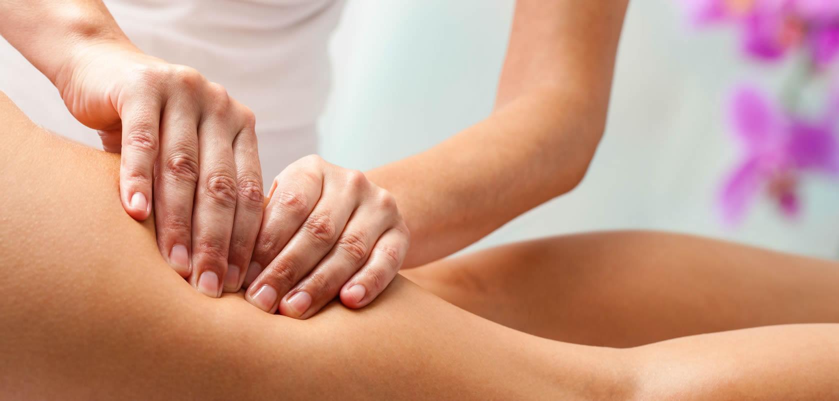 Антицеллюлитный массаж — одна из самых популярных процедур по уходу за телом