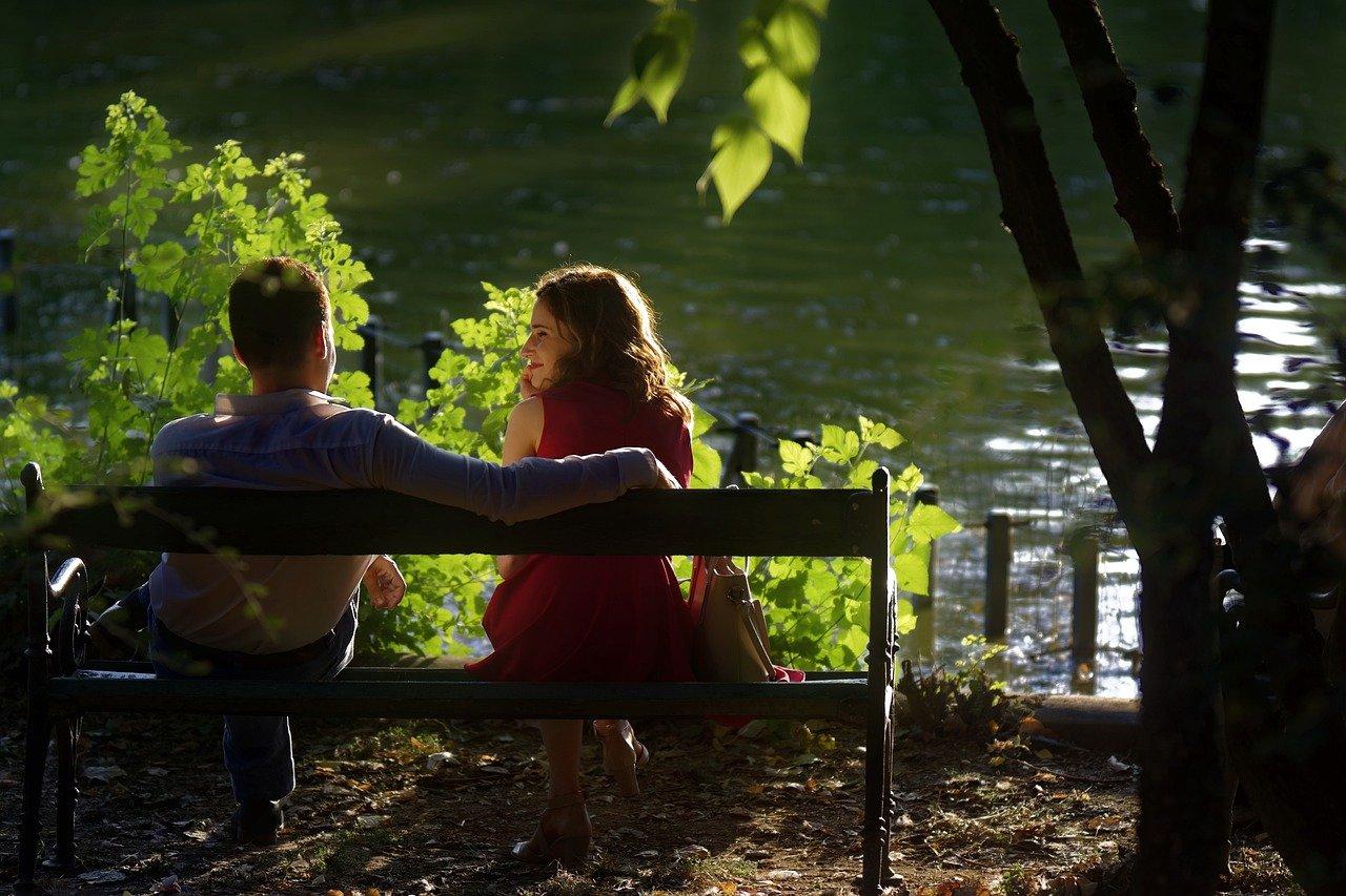 Многие люди не знаю как вести себя на свидании, т.к боятся, что могут не понравиться партнеру, который в будущем решит разорвать отношения