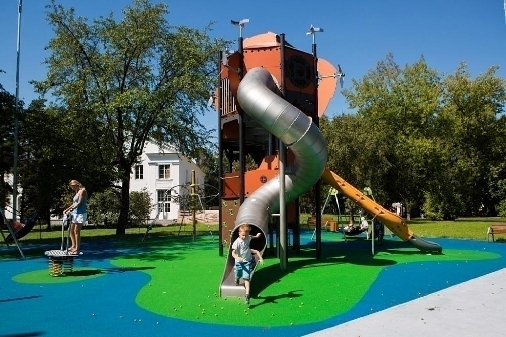 Детская площадка «Фантастический город» на ВДНХ