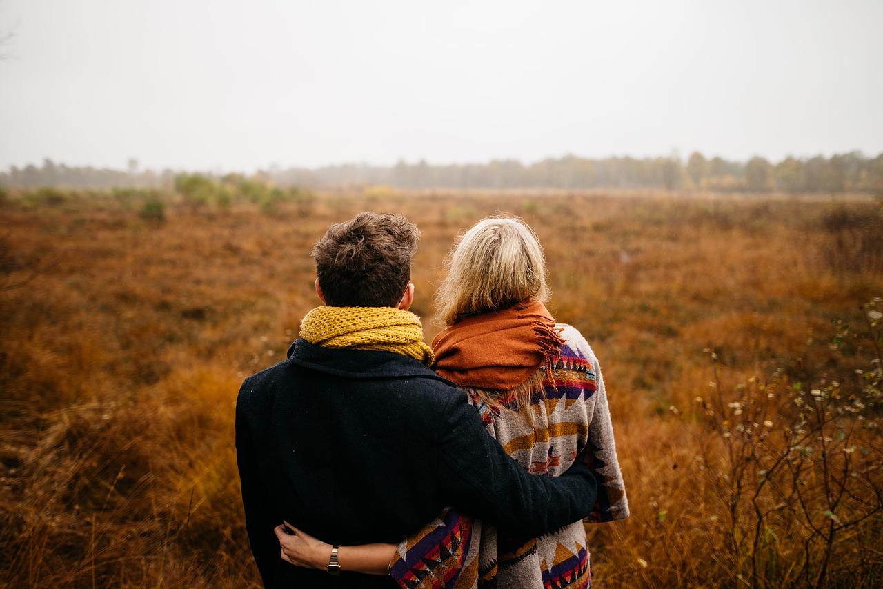Тревожные мысли, которые приходят в голову, когда вы думаете о свиданиях, имеют тенденцию быть негативными. Вы сосредотачиваетесь на том, что недостаточно хороши или что другие отвергнут вас, как только узнают ближе