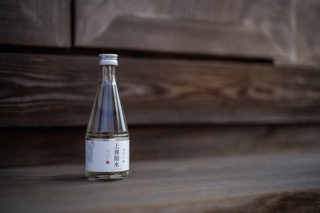 Чаще всего саке употребляют в теплом виде от 30 до 55 градусов
