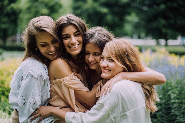 В течение всей жизни мы налаживаем большое количество связей в надежде найти настоящего друга