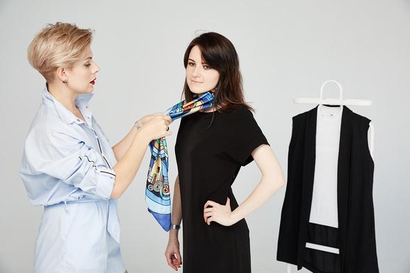 Академия Моды и Стиля основана 21 ноября 2012 года. Всего за несколько лет проект прошел путь от блога до одного из лидеров в обучении девушек и женщин стилю с большой командой профессионалов