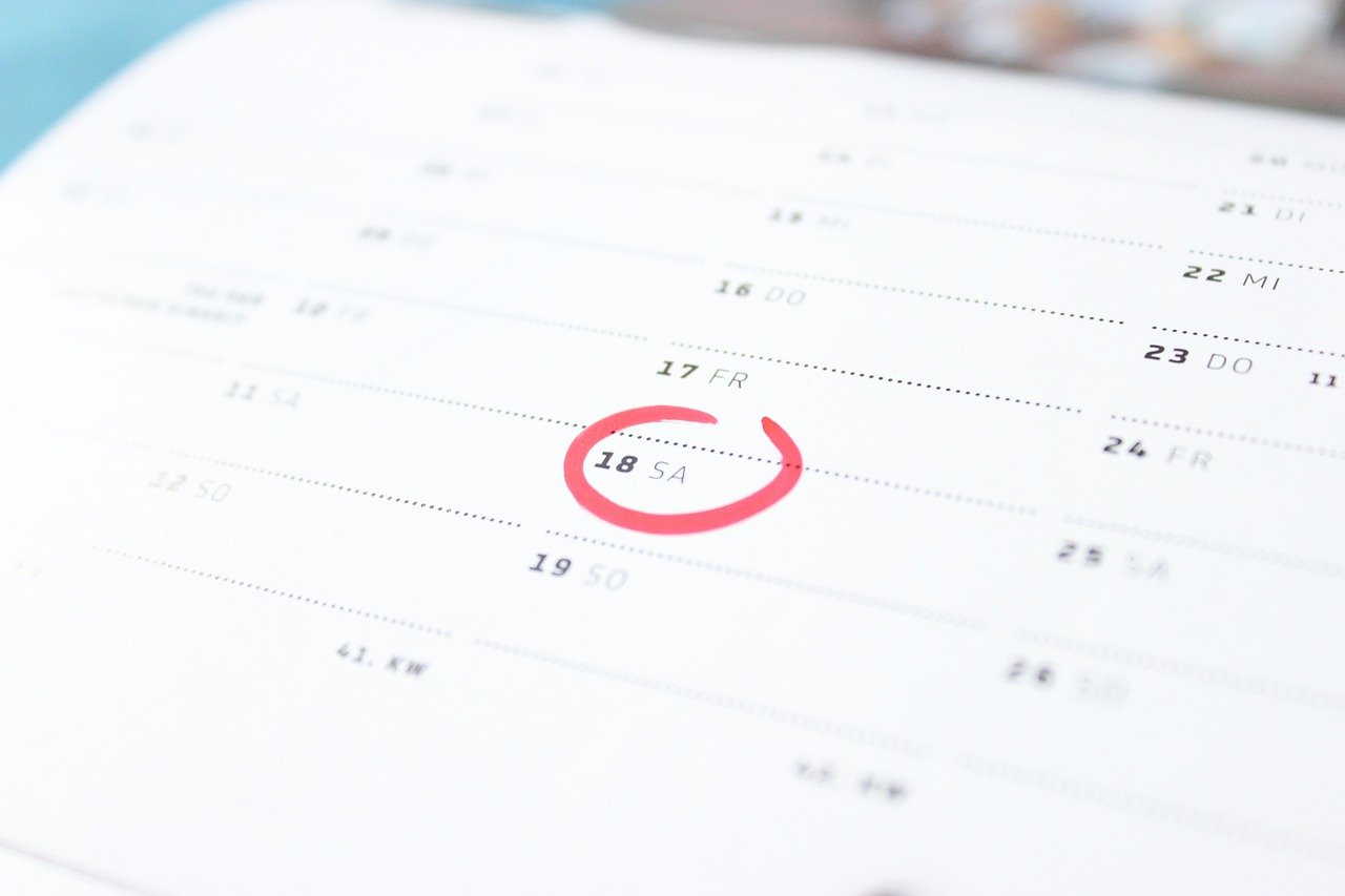 Также не забудьте проверить срок действия вашего загранпаспорта, потому что такая мелочь может стать причиной, по которой ваша поездка просто не состоится